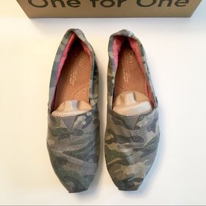 TOMS Camouflage Slip Ons